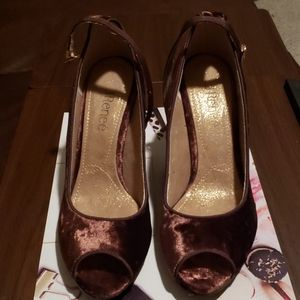 J. Renee chocolate peep toe shoes